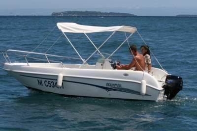 bateau 6cv en mer