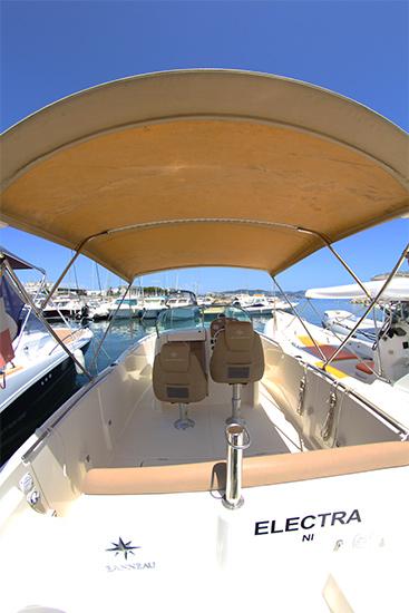 location de bateau cap camarat 715